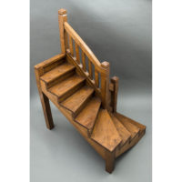 Rectilinear Mission Oak Staircase