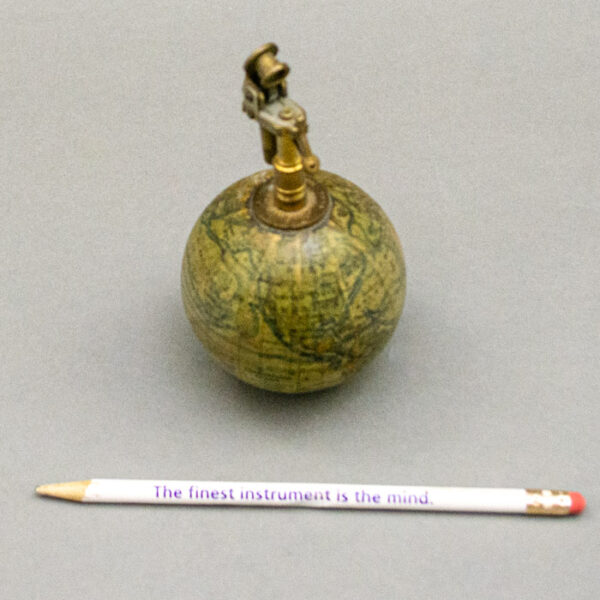 Forest Globe Lighter, Scale