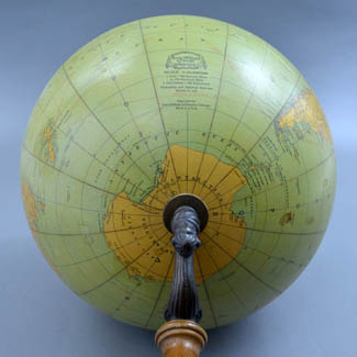 Rand McNally & Company 12-Inch Terrestrial Table Globe with Atlas, detail