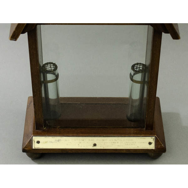 Boyle's Ventilator Model, bottom