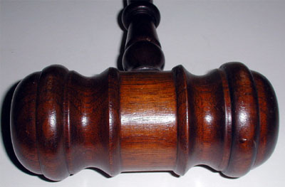 Gavel, Large