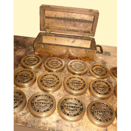 Victorian Boxed Set of Bronze Scale Weights
