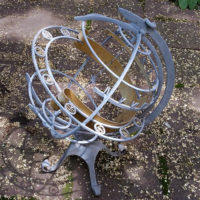 Garden Armillary Sundial, Turler Uhren