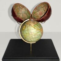 Custom pocket globe stand