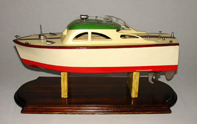 Cabin Cruiser, Battery-operated Toy Boat