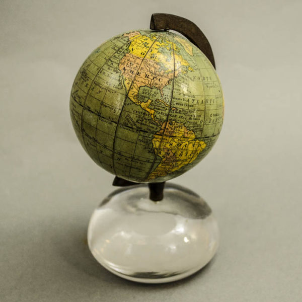 Rand McNally 3-Inch Paperweight Magnifier Globe