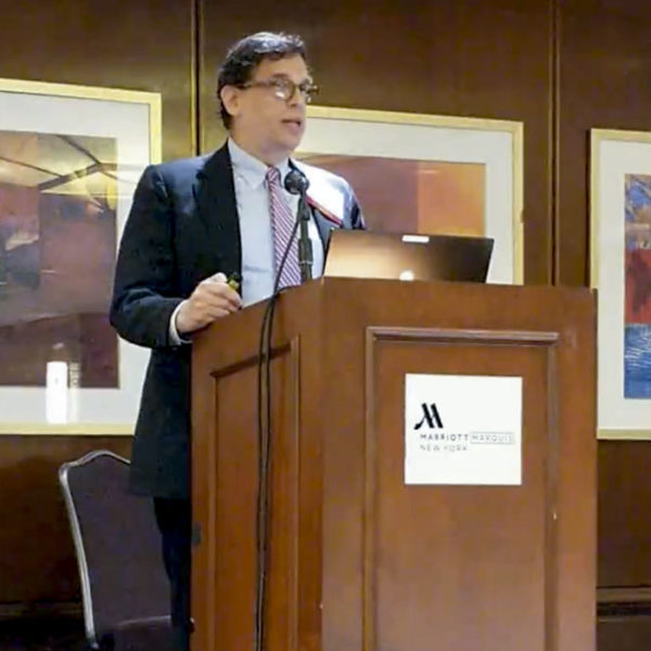 George Glazer presents his talk at the American Society of Appraisers Conference