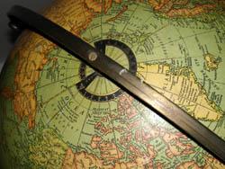 Replogle 16-Inch Terrestrial Floor Globe, detail
