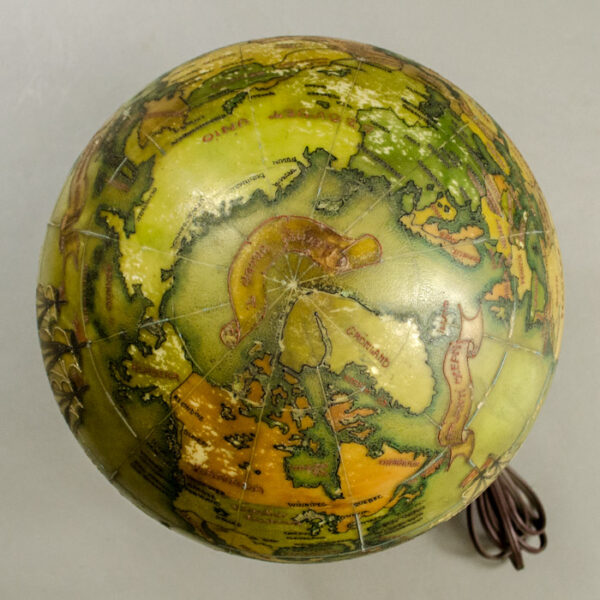 Hungarian 9.5-Inch Terrestrial Illuminated Globe, detail