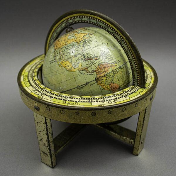 J.B. Wolters 4-Inch Terrestrial Table Globe (Aardglobe)