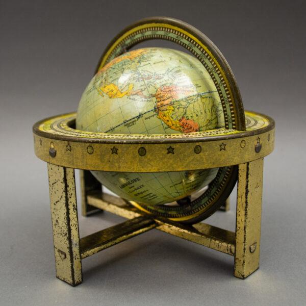 J.B. Wolters 4-Inch Terrestrial Table Globe (Aardglobe), detail