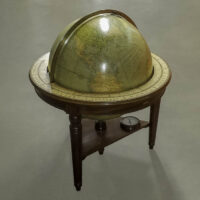 Philips' 30-Inch Terrestrial Reference Globe